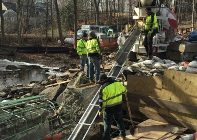 Pouring concrete for new dam